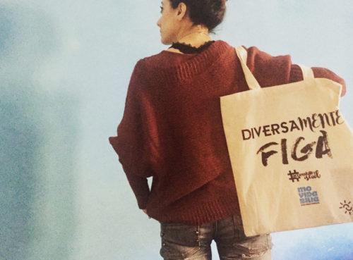 shopper della campagna Accessibility is cool , portata in spalla da una ragazza