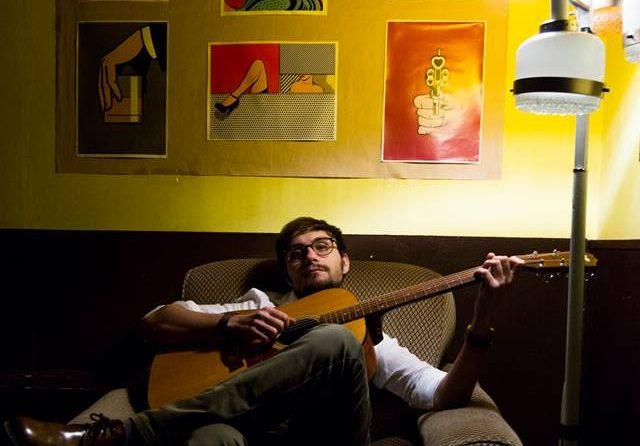 Istruttore scuola di musica FLOW presso la sede dei corsi