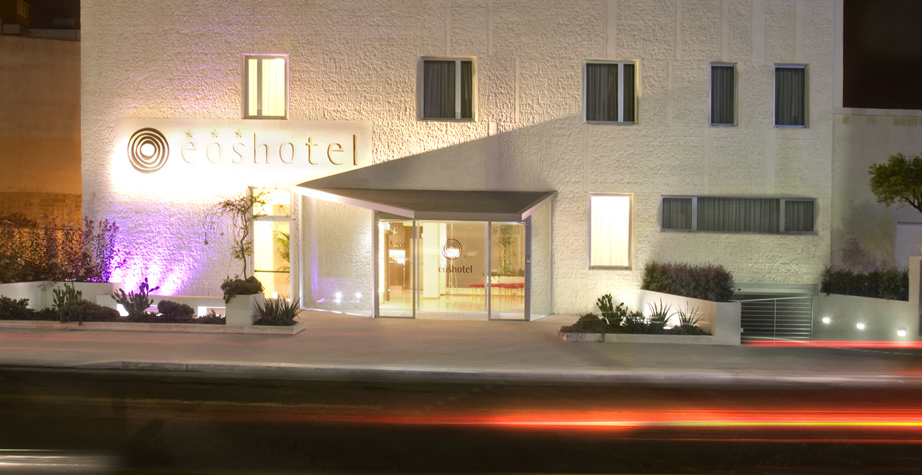 Ingresso e facciata EOS Hotel Lecce - hotel super accessibile - accessibility is cool
