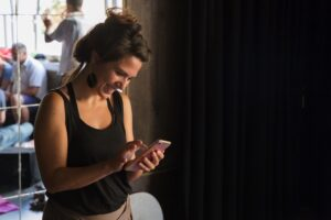 monica renna prova il service per audio descrizione e ascolto assistito di movidabilia